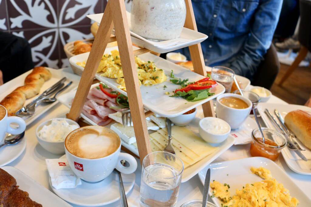 Frühstück in Vorarlberg in den Weihnachtsferien