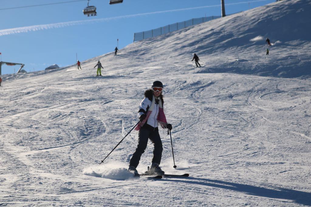 Snowboard und Ski am Golm