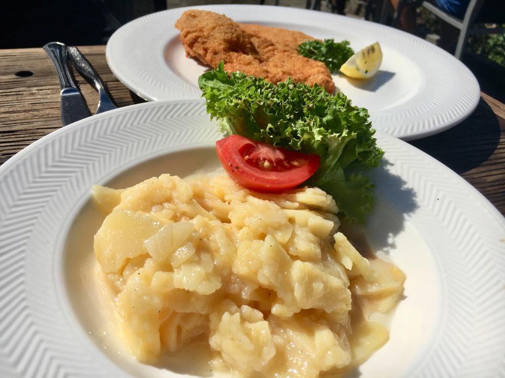Salzmann Rohrspitz Schnitzel Kartoffelsalat