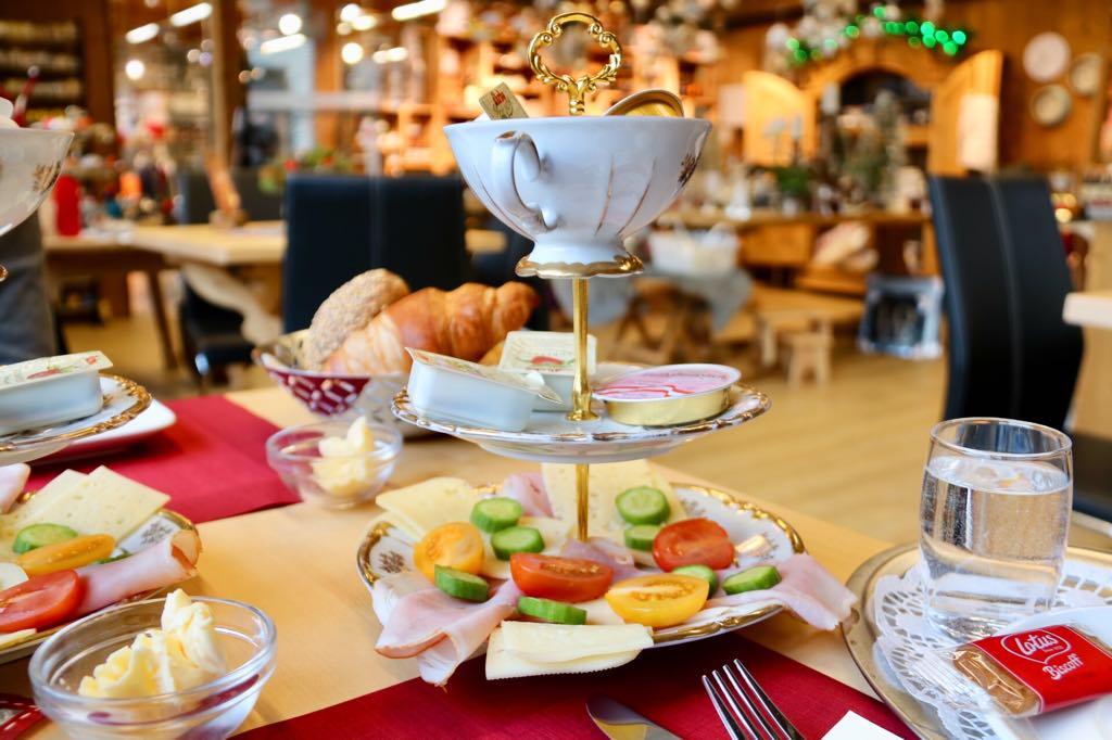 Frühstück in Tschagguns Montafon