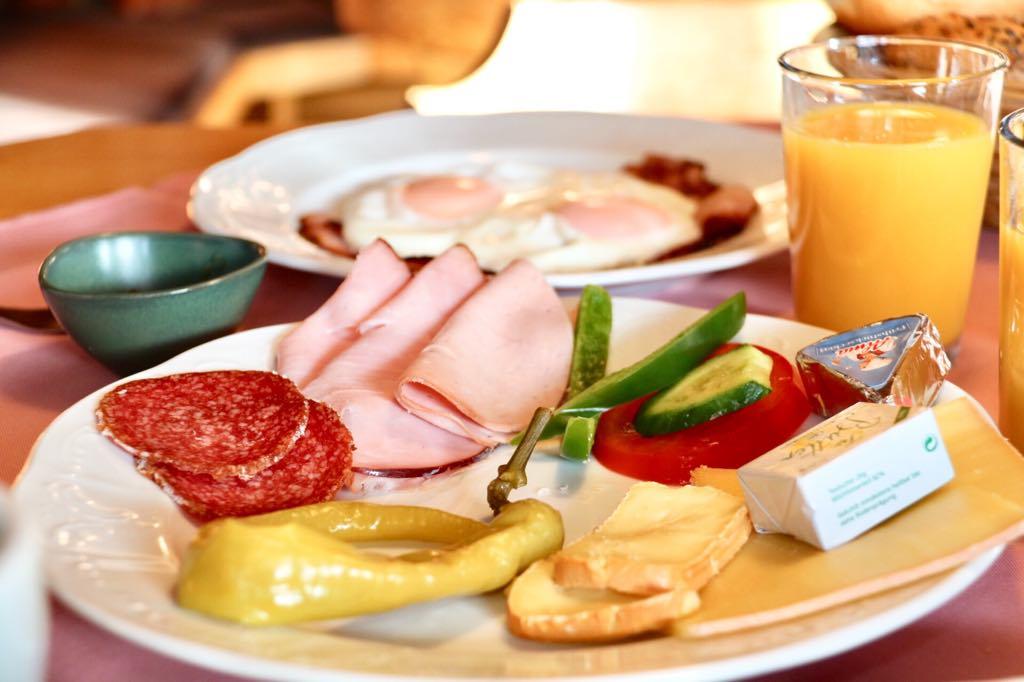 Silbertal Frühstück