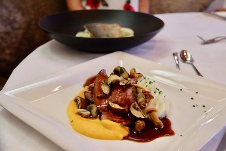 Hotel Damülser Hof Abendessen Fleisch und Fisch